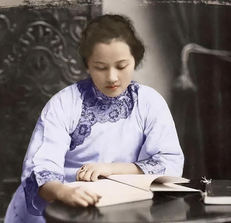【红云视界】 旗袍,一部中国百年的风情史